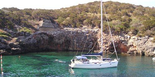 Ponte del 2 giugno crociera in barca a vela alla for Cabine di giglio selvatico